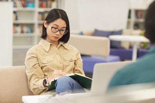 چگونه مقاله مروری بنویسیم ؟ | چه چیزی مطالعه مروری را به یک مطالعه خوب تبدیل می کند؟